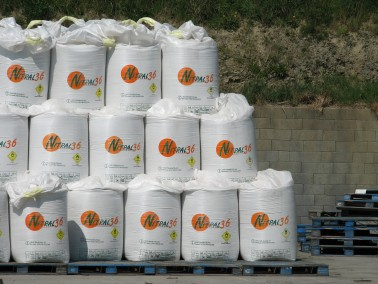 organic fertilizer storage